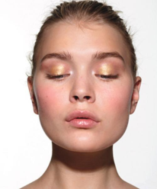 Using gold under eyes looks luminous; darker shades can draw attention to undereye circles.