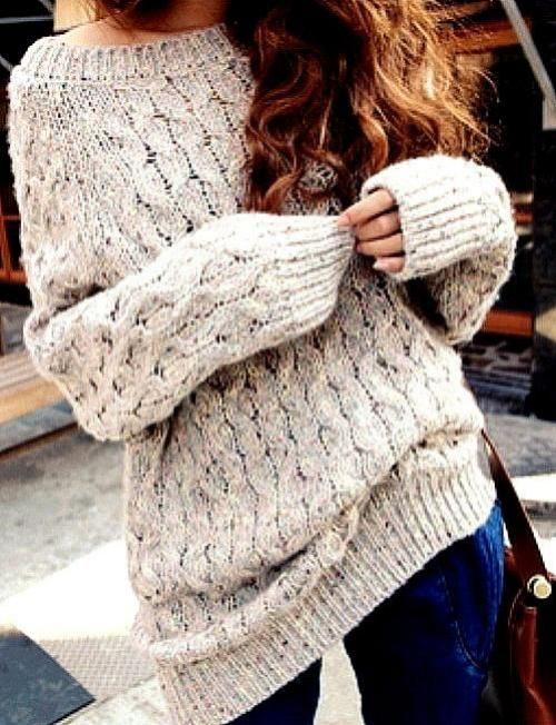 omg, where can I get this?! Looks so cozy and would look perfect with curled hair. c::